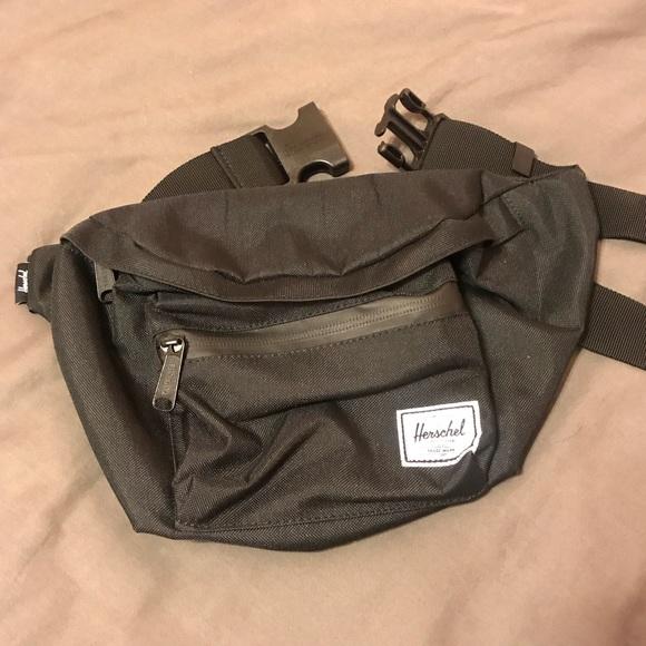 57d1a5c9203 Herschel Supply Company Handbags - Herschel Seventeen Hip Pack